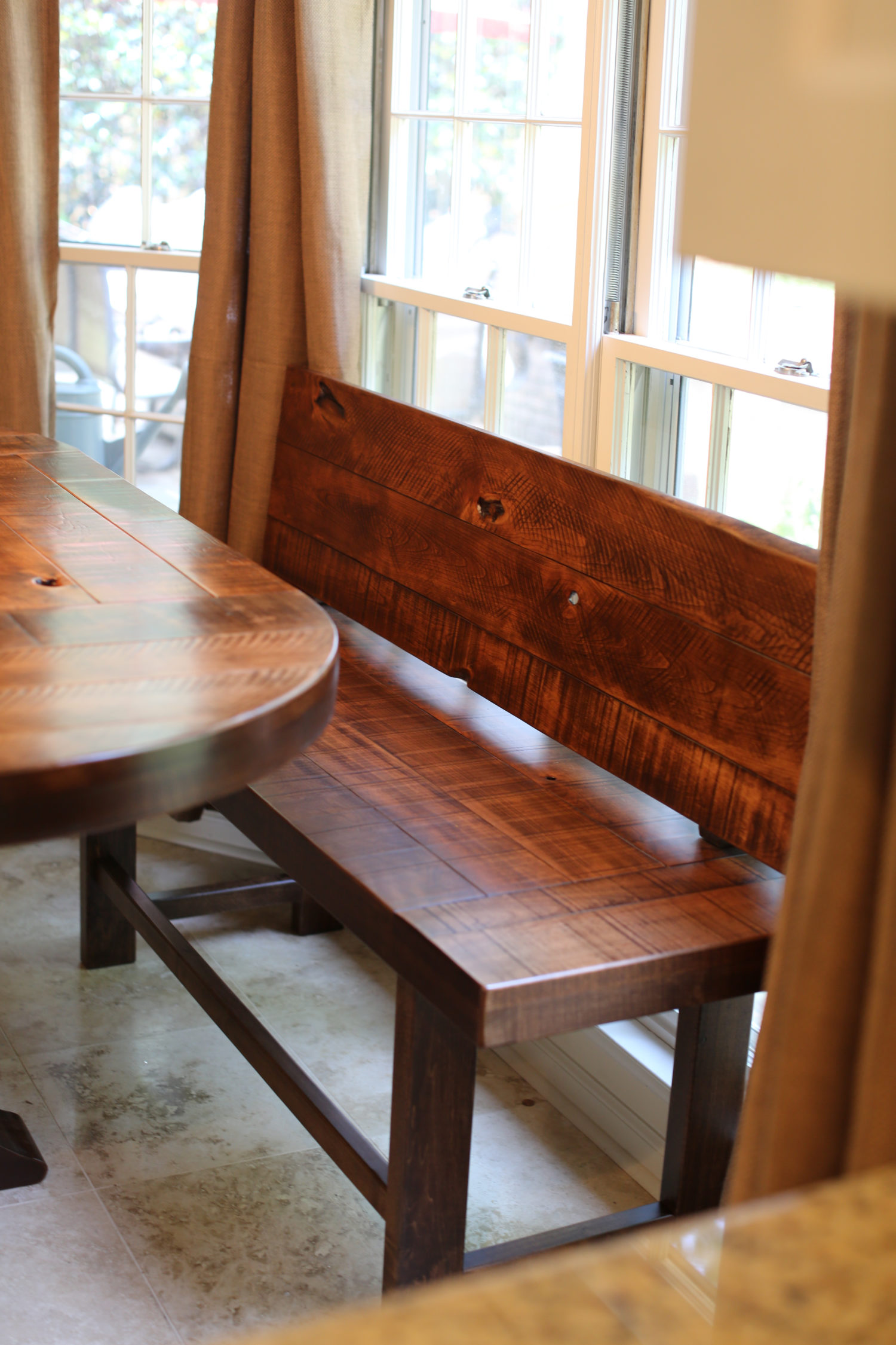 Bench Dining Tables: Rustic Farm Style