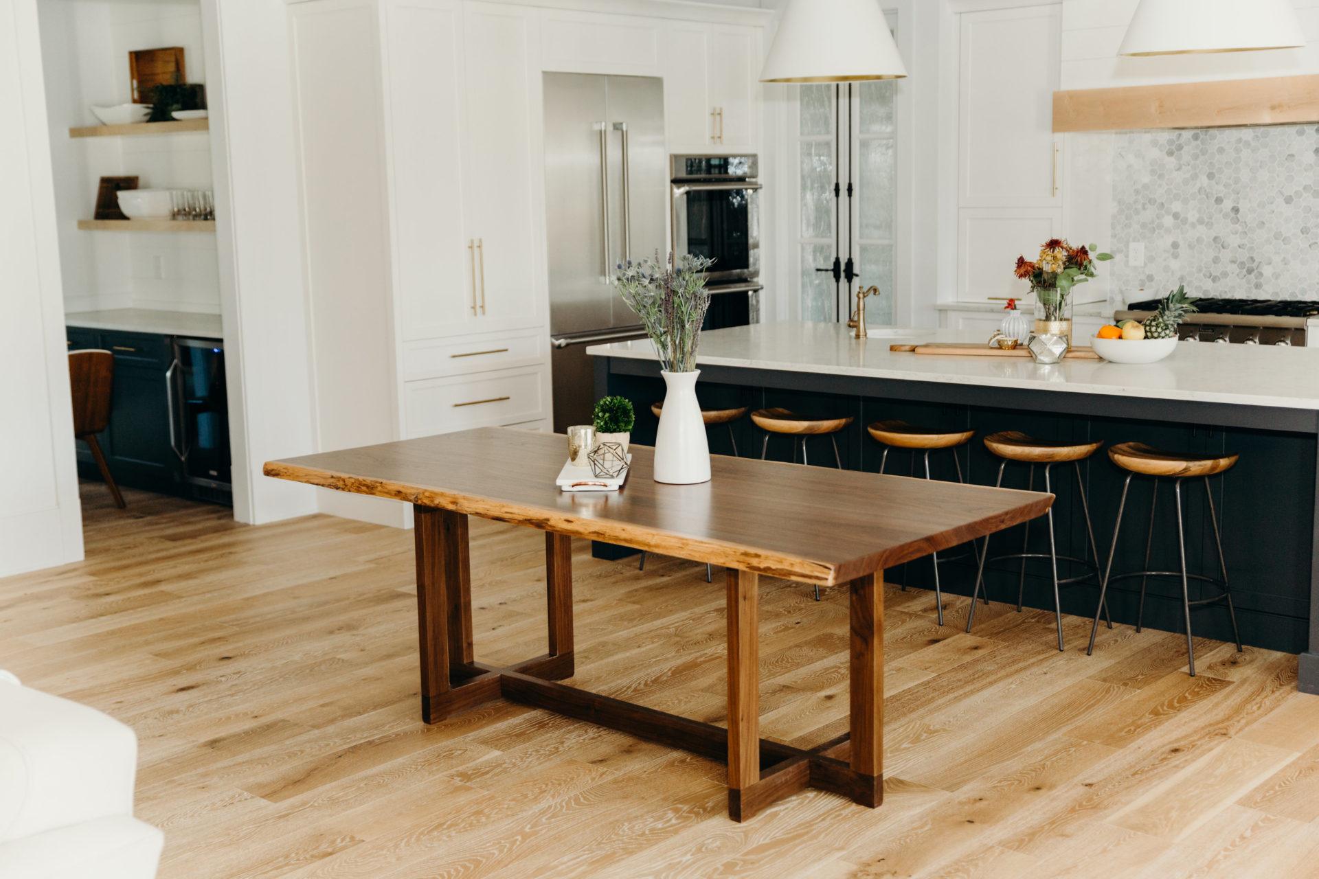 Rustic Trades Furniture Rustic Distressed Reclaimed Dining Kitchen Farm Tables Atlanta Denver
